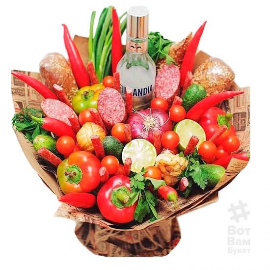 Букет с водкой и овощами