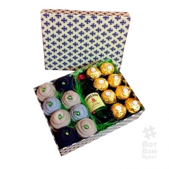 Мужская коробка с виски Jameson и носками